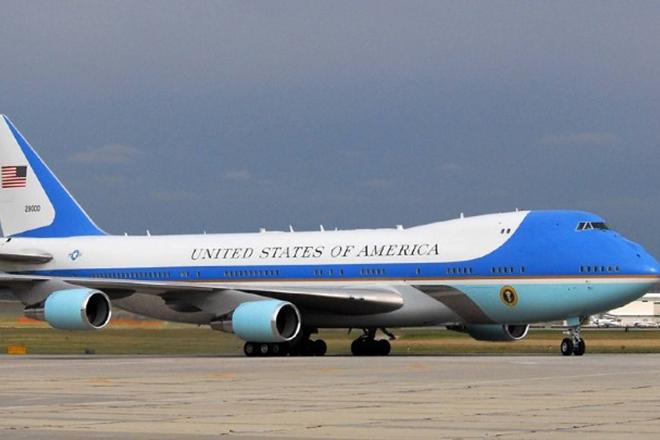 «Στάση Ελλάδα» για το Air Force One πριν το ραντεβού Τραμπ – Κιμ
