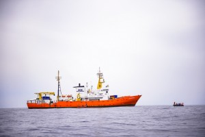 epa06799812 (FILE) - Members of the NGO 'SOS Mediterranee' and crew of the Aquarius vessel participate in a training on the first day of a patrolling mission to rescue migrants aboard a boat, about 50 km off the Libyan coast, in the Mediterranean Sea, 10 April 2018 (reissued 11 June 2018). According to reports, the 'Aqarius' rescue vessel, carrying some 630 migrants who where rescued off the Libyan coast, is stuck in the Mediterranean as both Malta and Italy refuse the ship to enter either country's ports.  EPA/CHRISTOPHE PETIT TESSON *** Local Caption *** 54256494