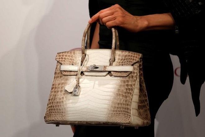 Πόσο πουλήθηκε μια μεταχειρισμένη τσάντα Birkin του οίκου Hermes;