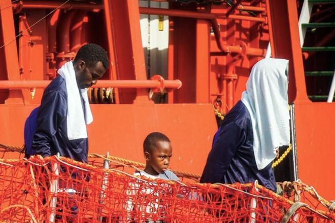 Με εντολή Σαλβίνι η Ιταλία δεν θα κάνει δεκτά δύο ακόμη πλοία με διασωθέντες μετανάστες