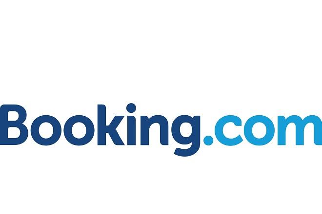 Πώς η Booking σχεδιάζει να διατηρήσει την πρωτοκαθεδρία της έναντι του Airbnb