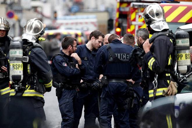 Γαλλία: Γυναίκα τραυμάτισε δύο ανθρώπους με κοπίδι φωνάζοντας «Αλλάχου Άκμπαρ»