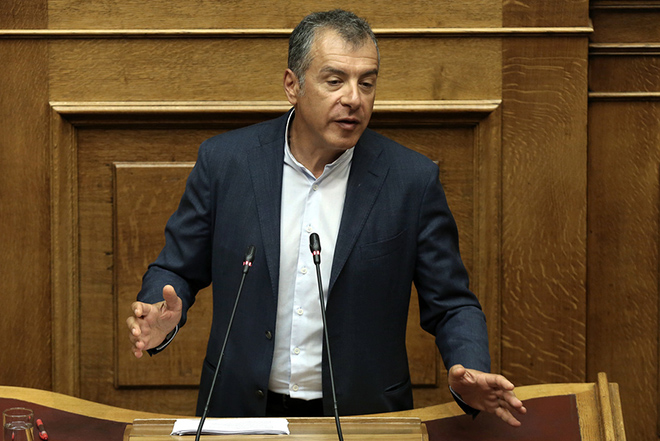 Θεοδωράκης: Αν φύγει ο Καμμένος από την κυβέρνηση πάμε σε εκλογές