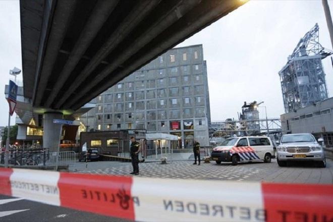 Λεωφορείο έπεσε πάνω σε ανθρώπους στην Ολλανδία