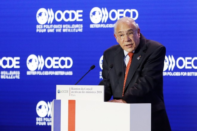 epa06773518 OECD Secretary General Jose Angel Gurria delivers a speech during the Ministerial Council Meeting of the OECD forum 2018, at the organization headquarter in Paris, France, 30 May 2018.  EPA/ETIENNE LAURENT