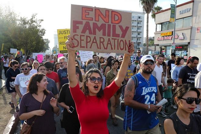 Διεθνείς αντιδράσεις για την αντιμετώπιση των προσφύγων από την κυβέρνηση Τραμπ