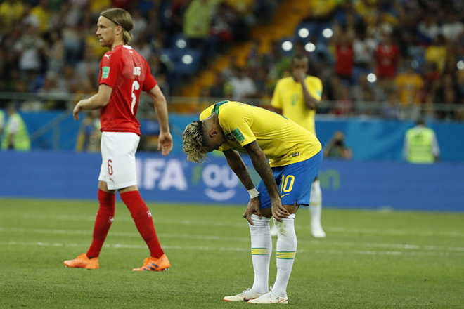 epa06817095 Neymar of Brazil reacts during the FIFA World Cup 2018 group E preliminary round soccer match between Brazil and Switzerland in Rostov-On-Don, Russia, 17 June 2018.  (RESTRICTIONS APPLY: Editorial Use Only, not used in association with any commercial entity - Images must not be used in any form of alert service or push service of any kind including via mobile alert services, downloads to mobile devices or MMS messaging - Images must appear as still images and must not emulate match action video footage - No alteration is made to, and no text or image is superimposed over, any published image which: (a) intentionally obscures or removes a sponsor identification image; or (b) adds or overlays the commercial identification of any third party which is not officially associated with the FIFA World Cup)  EPA/SHAWN THEW   EDITORIAL USE ONLY