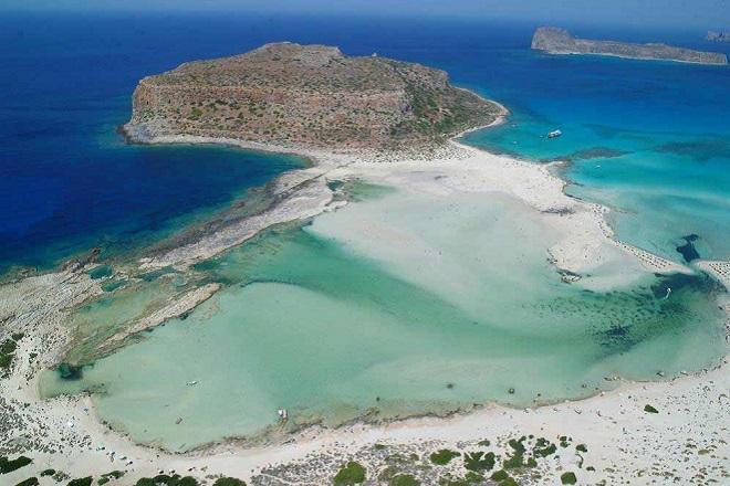 Περιφέρεια Κρήτης: Πάνω από 28 εκατ. ευρώ για μικρές τουριστικές επιχειρήσεις