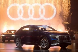 epa06787001 Audi AG's new Audi Q8 is displayed during the Q8 world premiere at Audi China Brand Summit in Shenzhen, China, 05 June 2018. The Q8 is the successor to the Q7.  EPA/STRINGER