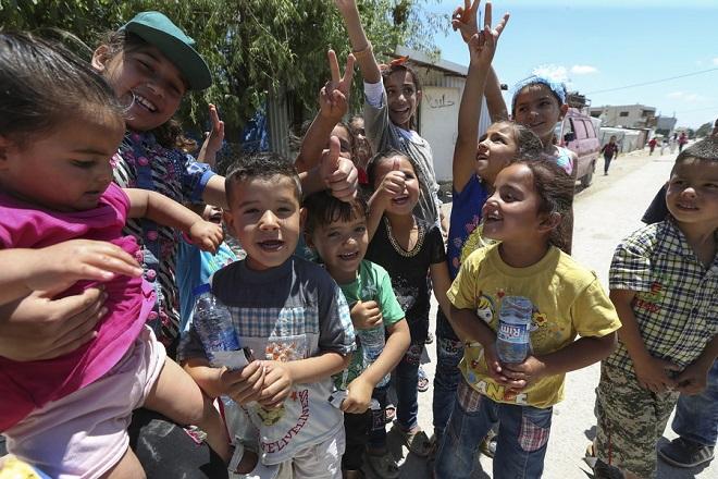 Έρευνα διαΝΕΟσις: Τι πιστεύουν οι μετανάστες για τη ζωή στην Ελλάδα και πώς αντιμετωπίζονται από τους Έλληνες