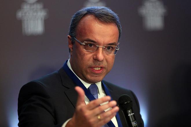 Σταϊκούρας: Το κυβερνητικό σχέδιο για φοροελαφρύνσεις και αλλαγές στις αντικειμενικές αξίες