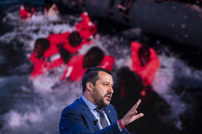 Επιμένει η Ιταλία πως δεν θα δέχεται μετανάστες από εδώ και στο εξής