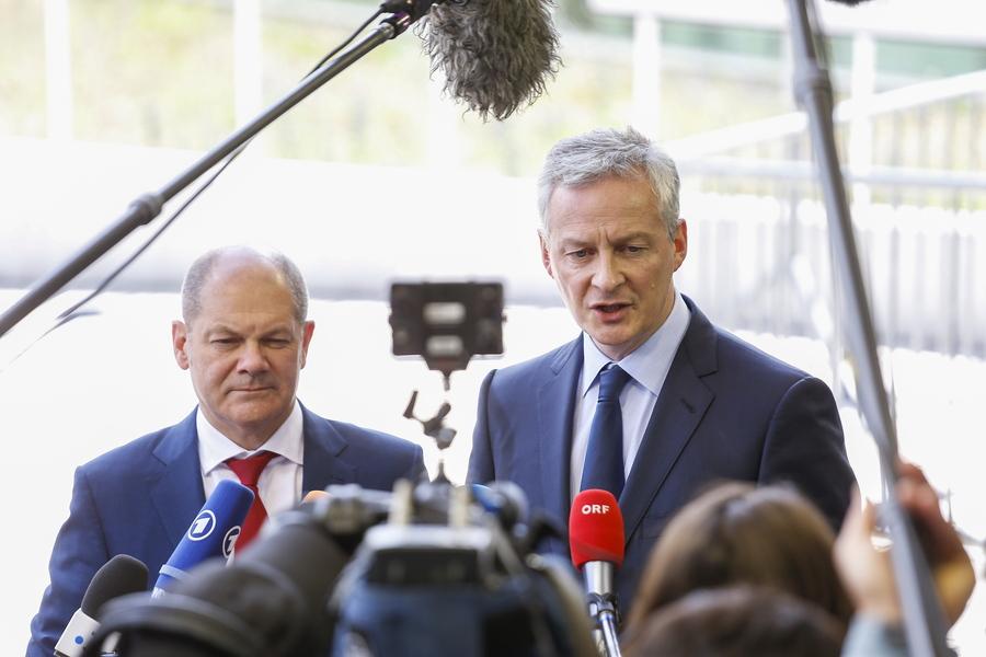 Η Γαλλία είναι έτοιμη ακόμη και να κρατικοποιήσει βιομηχανίες για να γλιτώσουν την καταστροφή