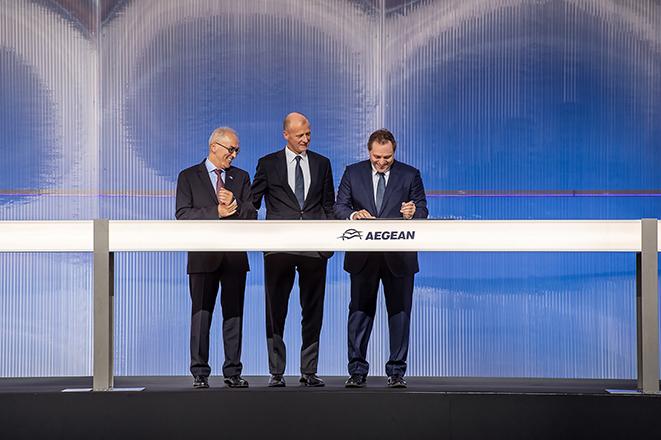 Υπογράφτηκε η συμφωνία «μαμούθ» μεταξύ Aegean και Airbus