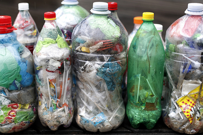 Οι 111 εκατομμύρια νέοι τόνοι πλαστικών σκουπιδιών που απειλούν τον πλανήτη