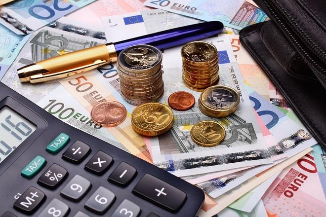 Στη Βουλή το μίνι φορολογικό νομοσχέδιο- Οι αλλαγές σε ΕΝΦΙΑ και 120 δόσεις