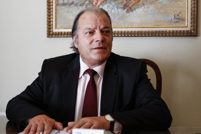 Ρουβίκωνας: Αναλαμβάνουμε την ευθύνη για την επίθεση στο γραφείο του Κ. Κατσίκη – Το αμφισβητεί ο βουλευτής