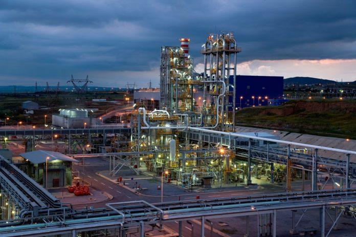 ΕΛΠΕ: Αυξημένη παραγωγή, άνοδος στις πωλήσεις και επίπεδο ρεκόρ εξαγωγών το 2018