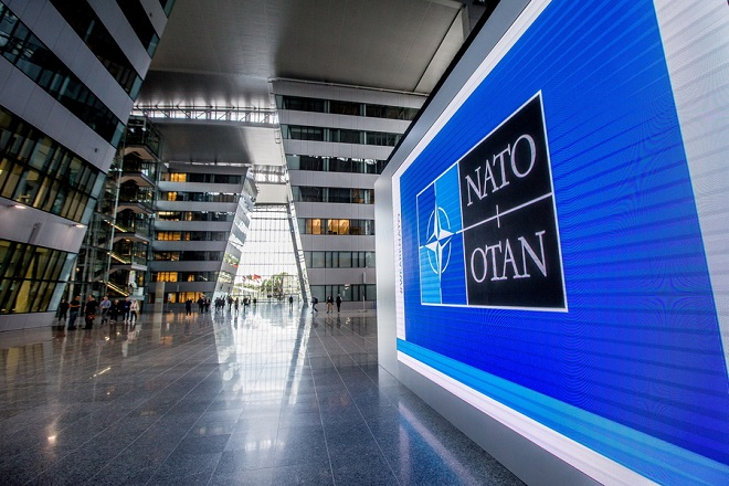 epa06830529 A view of the main entrance hall of the new NATO (North Atlantic Treaty Organization) headquarters in Brussels, Belgium, 22 June 2018. The 26th NATO Summit will be held in Brussels on 11 and 12 July 2018.  EPA/STEPHANIE LECOCQ