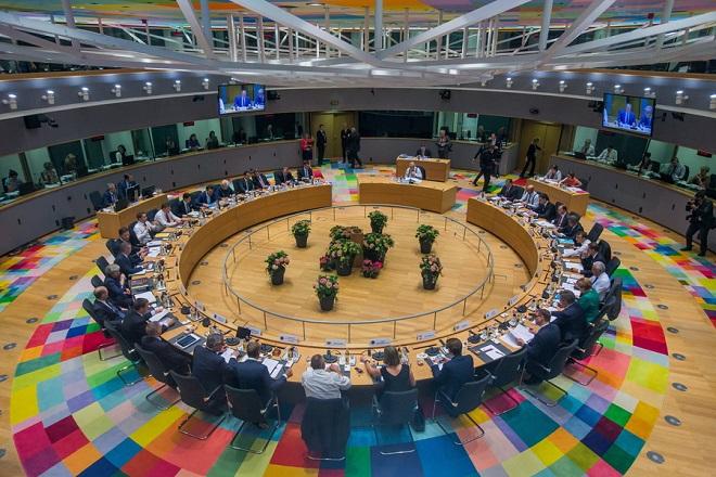 Σύνοδος Κορυφής: Συμφωνία των «28» για το μεταναστευτικό
