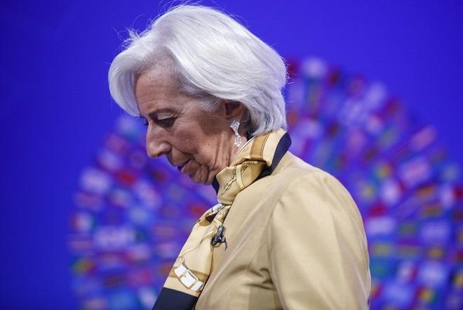 Handelsblatt: Η Λαγκάρντ δεν μπορεί να λύσει τα προβλήματα της ευρωζώνης
