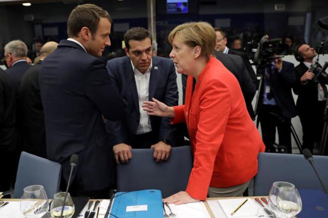 tsipras merkel macron