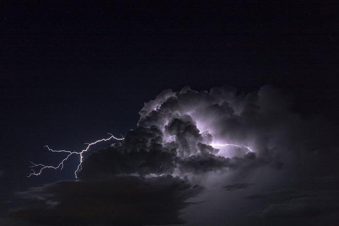 Χαλάει ξανά ο καιρός σήμερα- Βροχές και καταιγίδες σε όλη τη χώρα