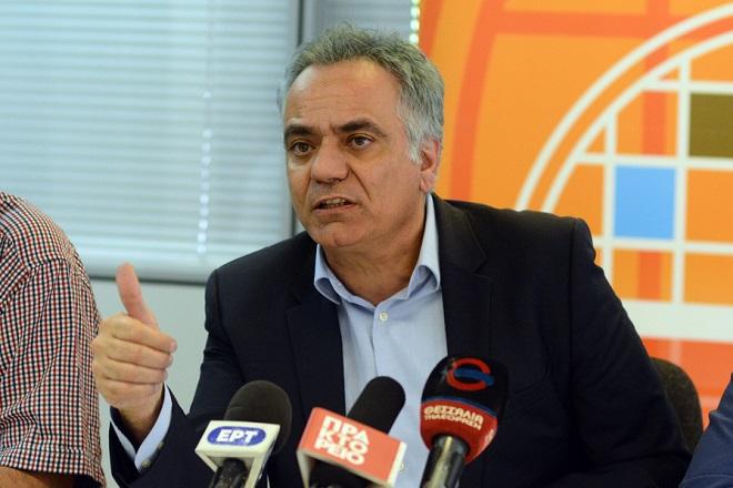 Ο υπουργός Εσωτερικών Πάνος μιλάει κατά τη διάρκεια συνέντευξης τύπου μετά τη σύσκεψη με τους  δημάρχους της περιφερειακής ενότητας Λάρισας, στο δημαρχείο Λάρισας, Παρασκευή 25 Μαΐου 2018. ΑΠΕ-ΜΠΕ/ΑΠΕ-ΜΠΕ/ΑΠΟΣΤΟΛΗΣ ΝΤΟΜΑΛΗΣ