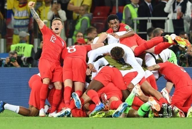 Η Αγγλία αυτοανακαλύπτεται ως ποδοσφαιρικό έθνος