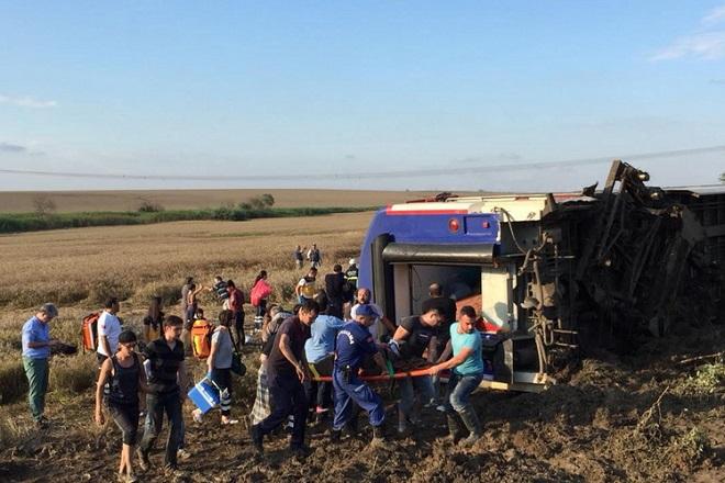 Στους 24 έφτασαν οι νεκροί από το σιδηροδρομικό δυστύχημα στην Τουρκία