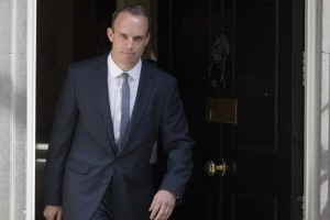 epa06874863 Dominic Raab leaves the British Prime Mionister's London residence, 10 Downing Street, Central London, 09 July 2018. Housing minister Dominic Raab has been appointed Brexit Secretary by Theresa May replacing David Davis who resigned the post on 08 July 2018.  EPA/RICK FINDLER
