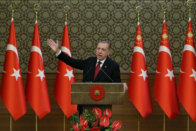 Νέα πρόκληση Ερντογάν: «Κανένας ληστής» δεν θα εκμεταλλευτεί τα συμφέροντά μας