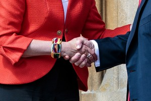 epa06886149 British Prime Minister Theresa May (L) shakes hands with US President Donald J. Trump (R) after their bilateral meeting at Chequers in Aylesbury, Britain, 13 July 2018. US President Trump is on a three-day working visit to the United Kingdom, first trip to the country as US president.  EPA/JACK TAYLOR / POOL