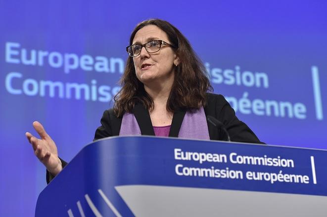 Μάλμστρομ: Υποθέτουμε ότι η ΕΕ θα εξαιρεθεί από την επιβολή των αμερικανικών δασμών στα αυτοκίνητα