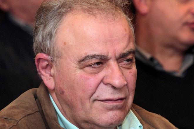 Πέθανε ο καθηγητής Συνταγματικού Δικαίου Σταύρος Τσακυράκης