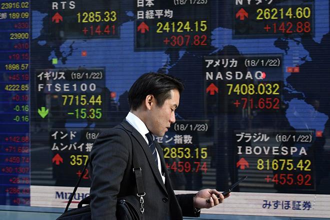 Ιαπωνικοί «τριγμοί» στις αγορές ομολόγων