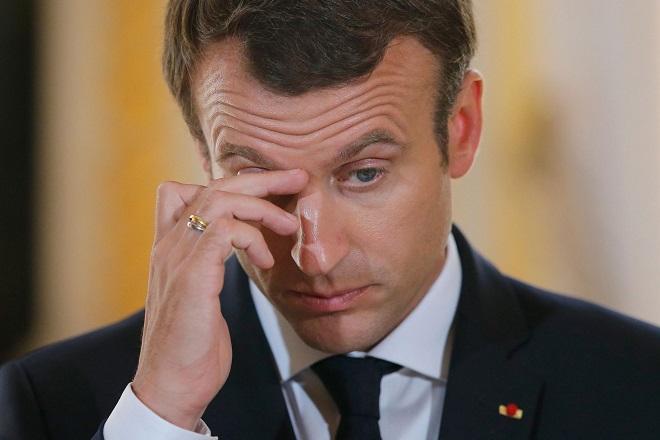 Πρόταση μομφής κατά Μακρόν από Γάλλους βουλευτές- Ποια κόμματα θα συμμετέχουν στη διαδικασία
