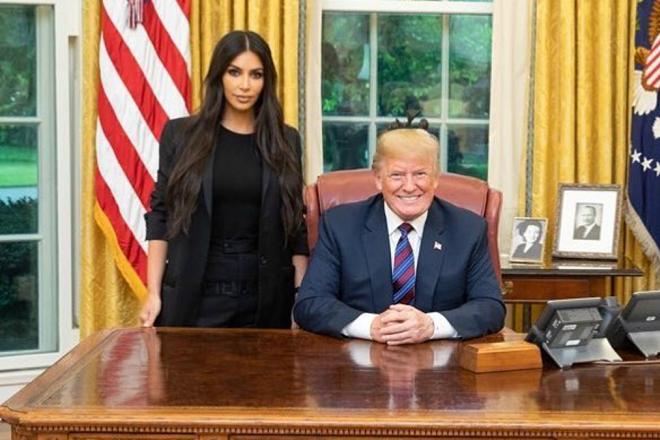 Τι μπορεί να συζητά η Κιμ Καρντάσιαν στον Λευκό Οίκο;