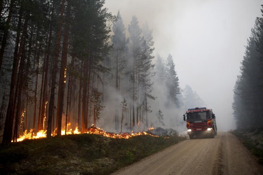Απροσδόκητα υψηλές θερμοκρασίες χτυπούν κεντρική και βόρεια Ευρώπη