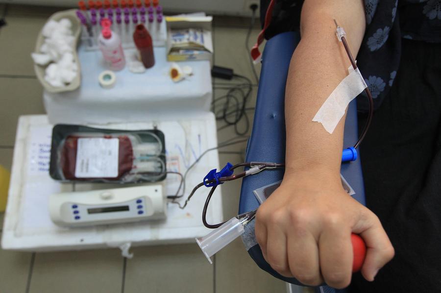 Ξεπέρασε κάθε προηγούμενο η ανταπόκριση του κόσμου για προσφορά αίματος υπέρ των πυρόπληκτων