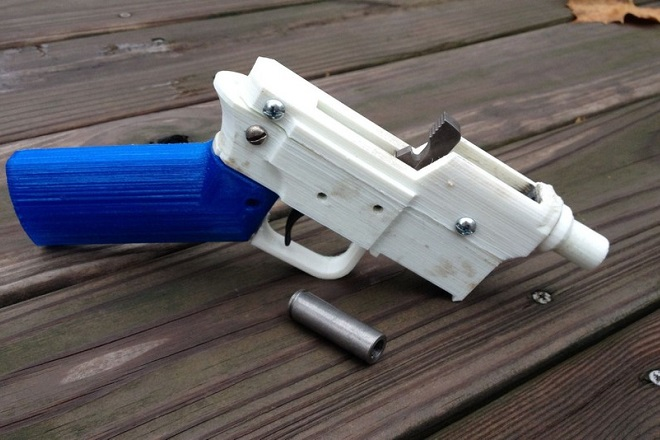Εγκρίθηκε πρόγραμμα κατασκευής πλαστικών πυροβόλων όπλων μέσω εκτυπωτών 3D