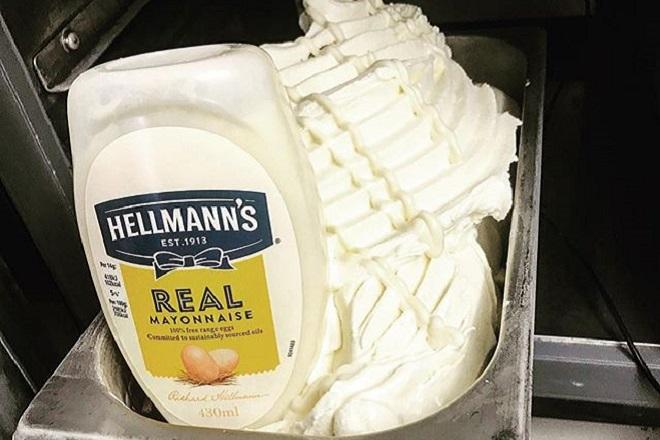 Αυτό είναι το παγωτό μαγιονέζα που διχάζει το κοινό