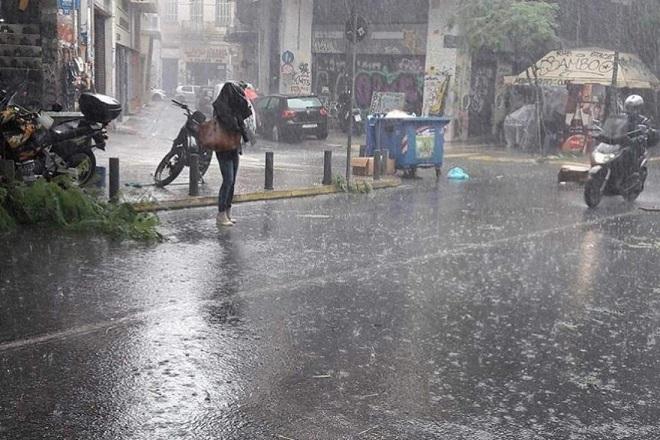Άστατος ο καιρός σήμερα με ισχυρές βροχές και καταιγίδες