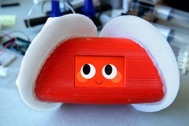 emotional-robot-cornell-university-technology_dezeen_1704_col_1-852x480