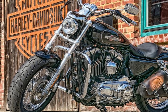 Σπάει τη σιωπή του για τον Τραμπ ο CEO της Harley-Davidson
