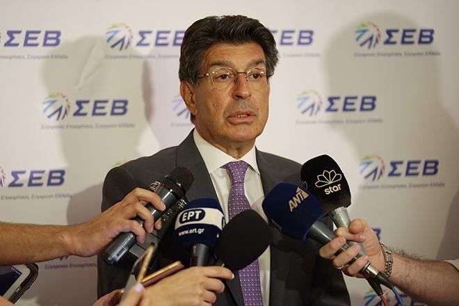 Μαίνεται η σύγκρουση κυβέρνησης – ΣΕΒ: Τι δήλωσε ο πρωθυπουργός, τι απάντησε ο Θεόδωρος Φέσσας