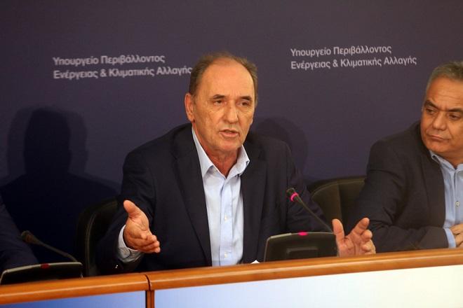 Κατεδαφίσεις αυθαιρέτων με βήματα «εξπρές» ανακοίνωσε ο Σταθάκης