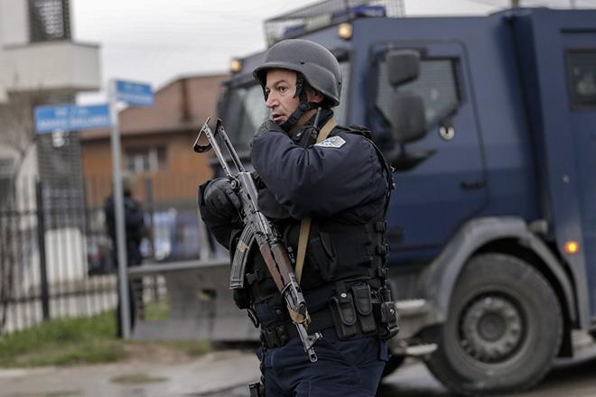Σε κατάσταση υψίστης ετοιμότητας στρατός και αστυνομία στη Σερβία εξαιτίας των εξελίξεων στο Κόσσοβο