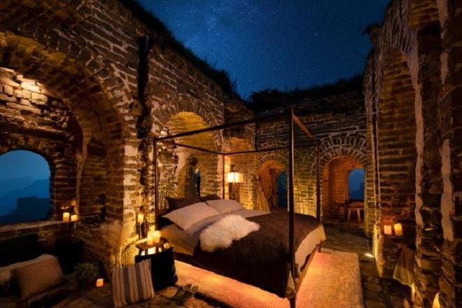 Η Airbnb ακυρώνει τον διαγωνισμό διανυκτέρευσης στο Σινικό Τείχος
