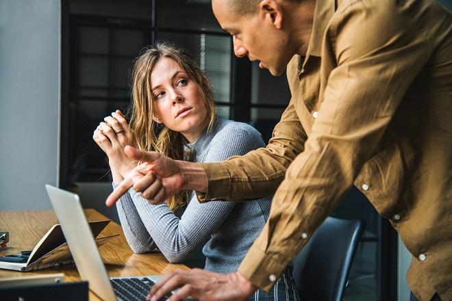 Δέκα χρυσοί κανόνες που πρέπει να ακολουθείτε στη δουλειά σας